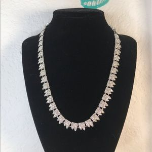 Suzanne Somers circle necklace of rhinestones
